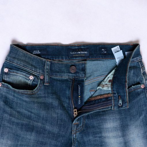 Jeans Lucky Brand 121 Slim Straight Coolmax All Season Trashed2 res